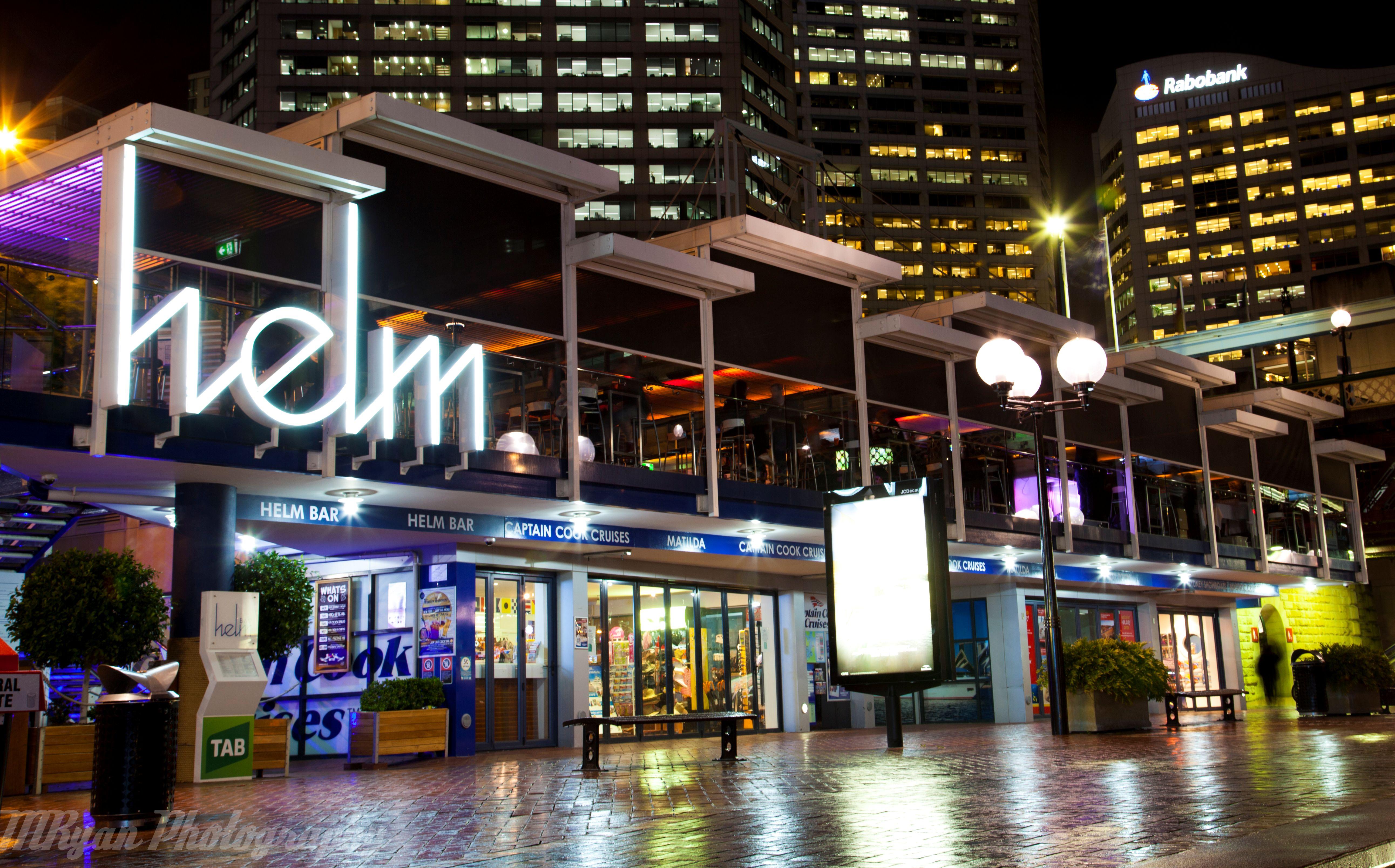 Darling harbour restaurants for Food bar sydney